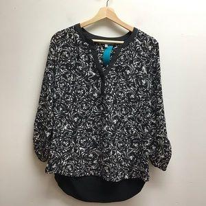 M Daniel Rainn black & white patterned top